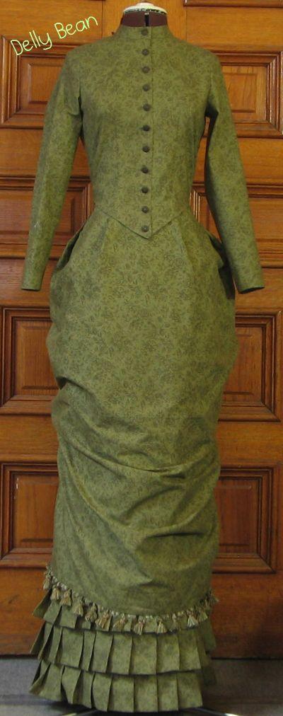 green-bustle-front.jpg